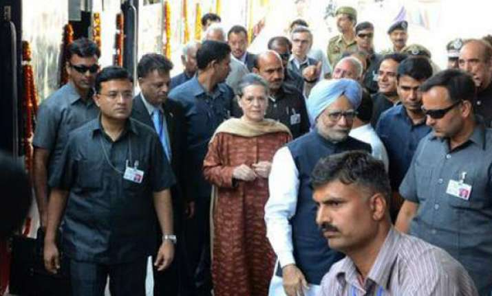 pm opens rail link sonia says kashmiris want peace
