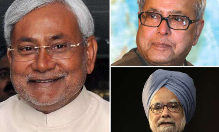 pm pranab dial nitish for support