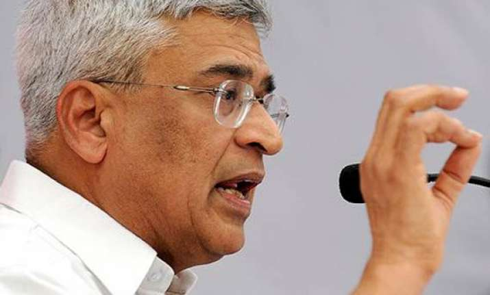 pm should own up responsibility for scams says cpi m
