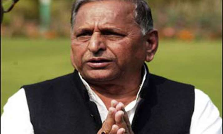 pakistan is like india s younger brother mulayam