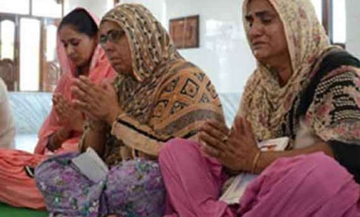 parkash badal families of abducted indian workers in iraq