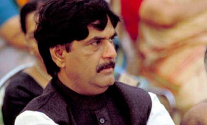 pawar won t merge ncp with congress before polls munde