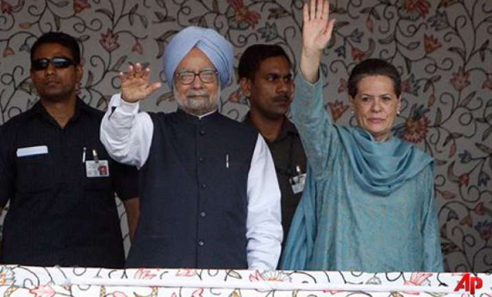 people of kashmir are fed up with violence sonia gandhi