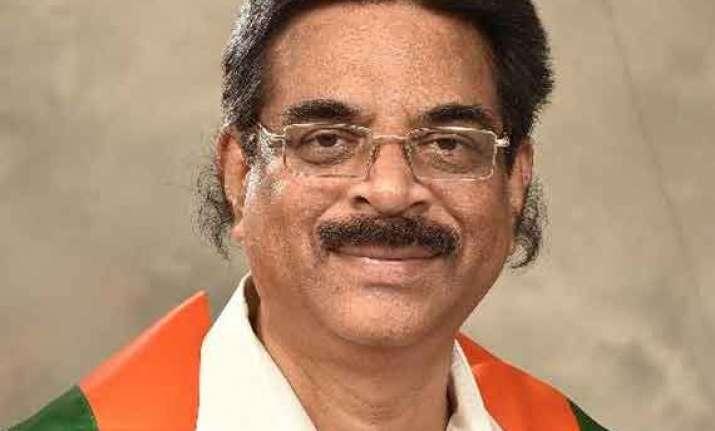 polavaram project bjp asks congress trs not to fan