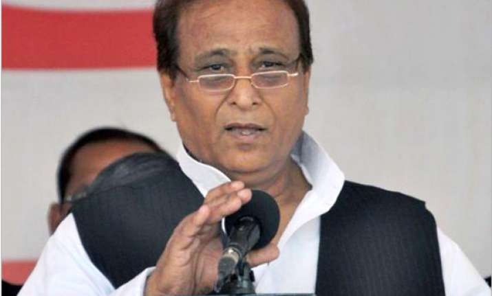election commission issues show cause notice to azam khan