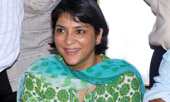 priya dutt sidelined in bmc poll tickets distribution