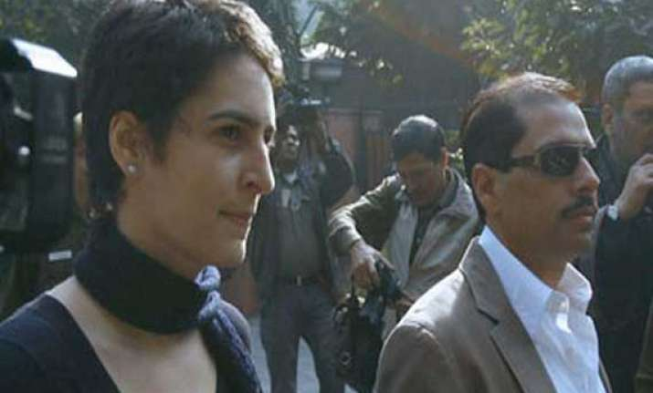 priyanka gandhi vadra seeks withdrawal of special security