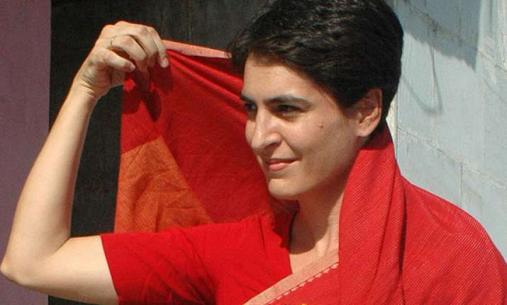 priyanka holds brainstorming session with cong workers