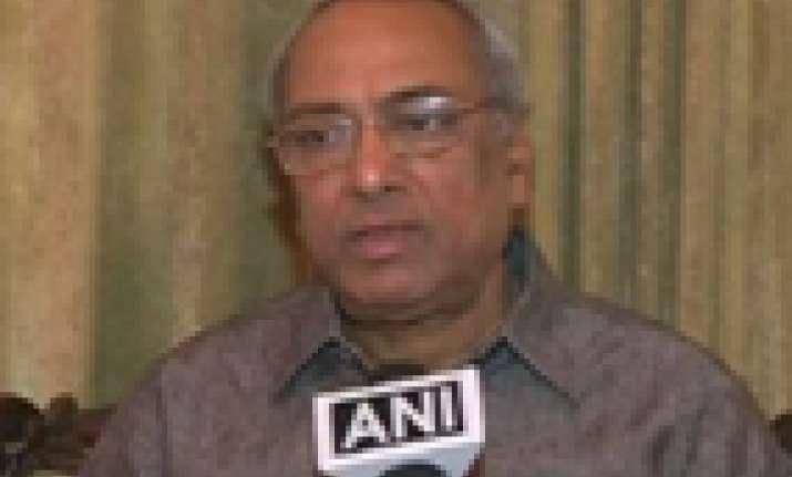 rss ramdev ravi shankar engaging in politics congress