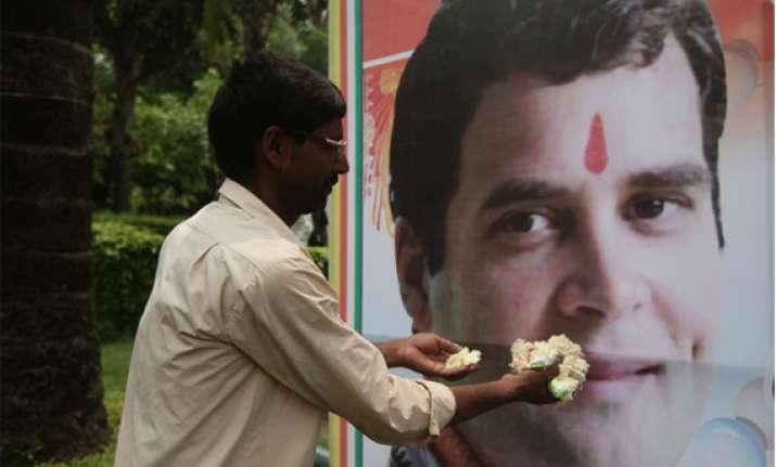 rahul gandhi s 43rd birthday celebrated outside congress