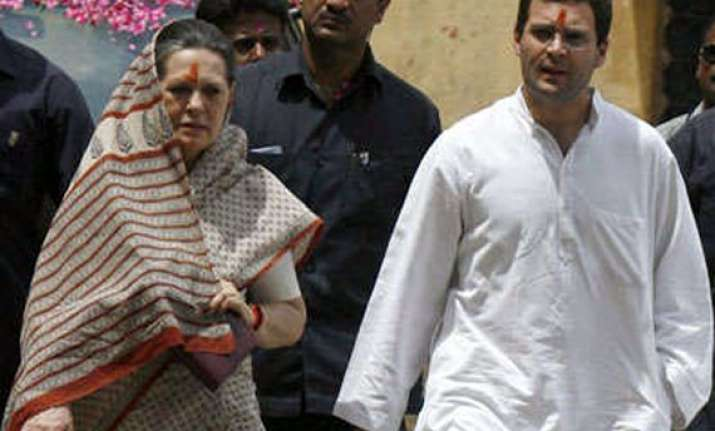 rahul raised corruption issue in ls sonia has not rti reply