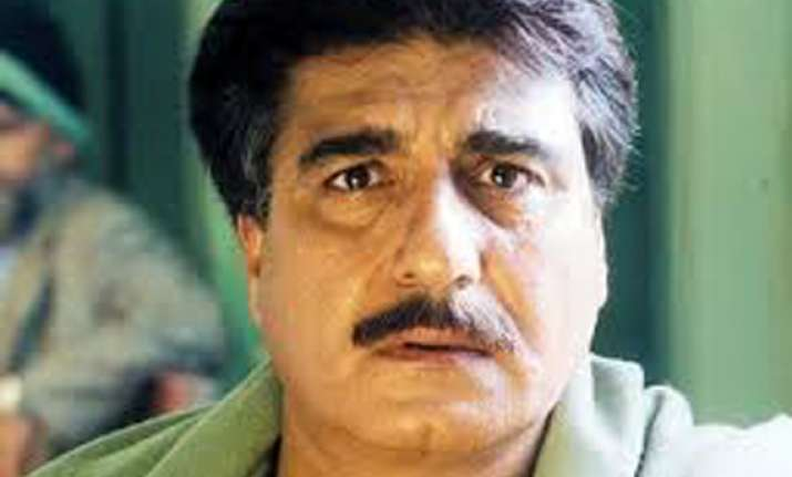 raj babbar rebuffed by ghaziabad assistant returning officer