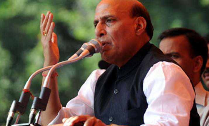 rajnath takes dig at pm over sonia letter