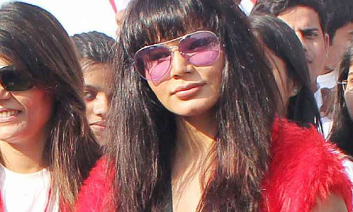 rakhi sawant to contest ls polls from mumbai