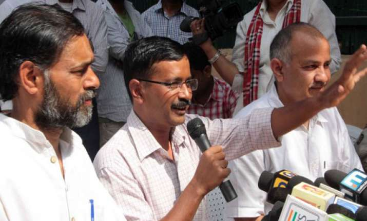 revolt in aap members allege hijack of party by gang of four