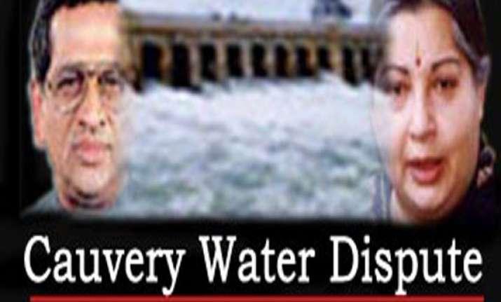 sc asks tn karnataka cms to meet on cauvery water dispute