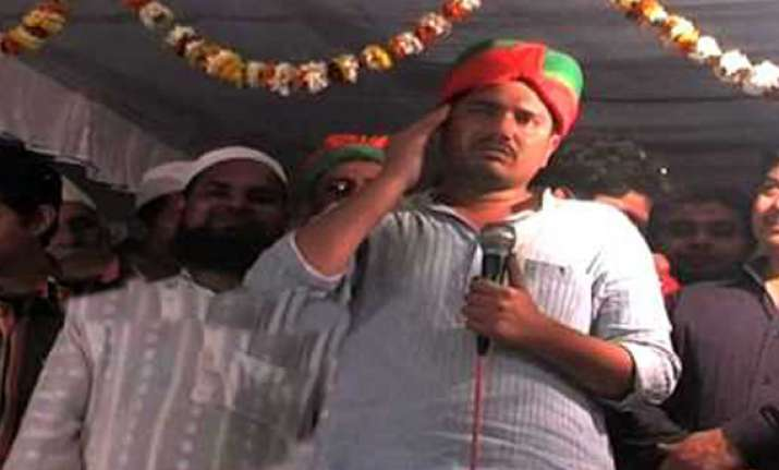 sp candidate booked for foul remarks against modi mayawati