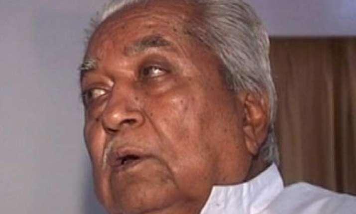 sanjay joshi should not have been humiliated says keshubhai