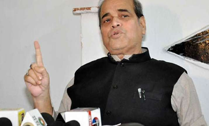 shakeel ahmed khan quits rjd