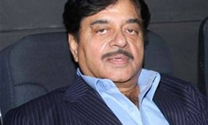 shatrughan sinha among 12 to file nominations from bihar