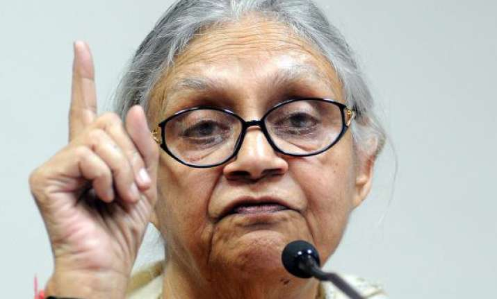 sheila dikshit wants restrictions on peaceful protests
