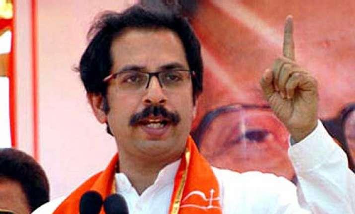 shiv sena defends mps says sadan episode politicised