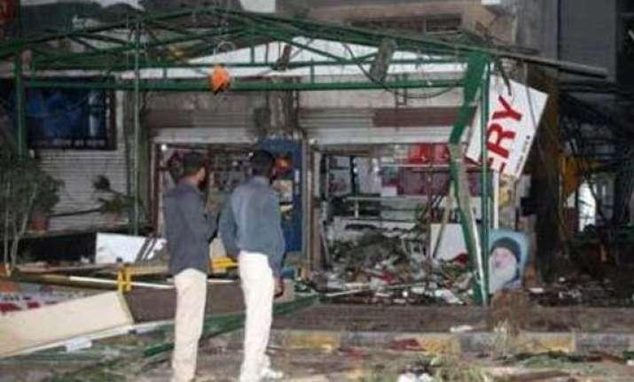 shiv sena dubs assault on marathis in karnataka as kannada