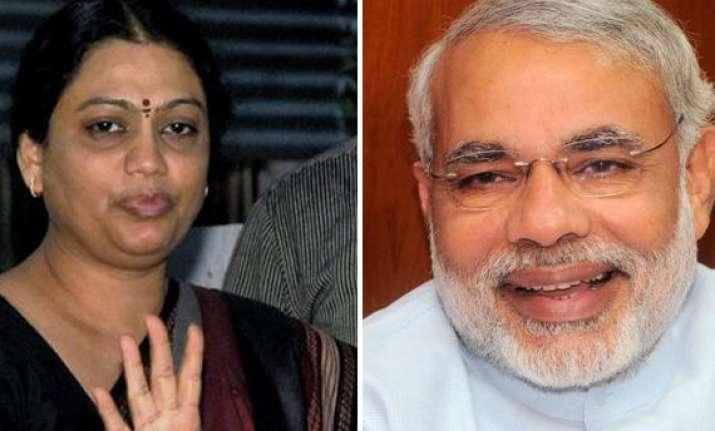 modi files nomination at vijay mahurat congress fields