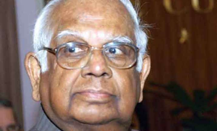 somanath chatterjee suffers mild cerebral stroke