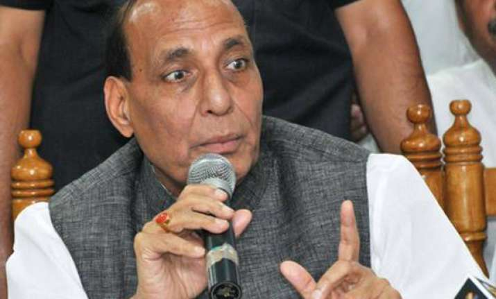sonia should ask rahul to resign seek apology says rajnath