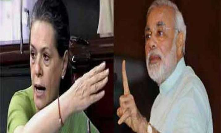 sonia slams modi for ulte sidhe barbs