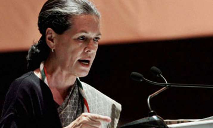 sonia tells congress meet party will win 2014 ls polls