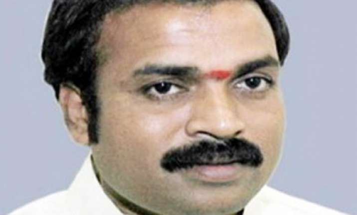 sreeramulu says he supports campaign for bsy as cm