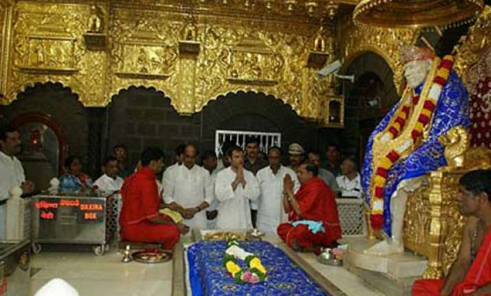 stop vip darshans at religious shrines says congress