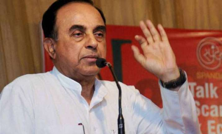 subramanian swamy calls for strong opposition in bengal