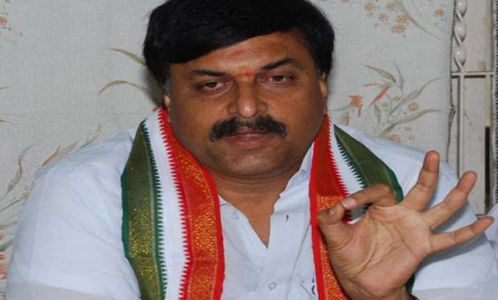 sudhakar reddy hails sonia s re election as cpp head