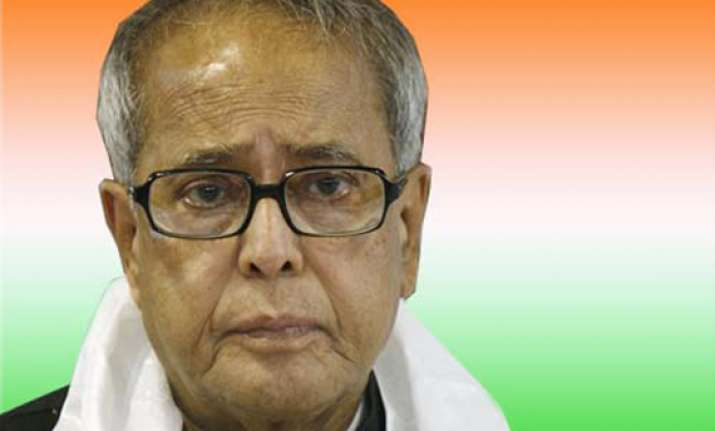 team anna has ulterior motives says pranab