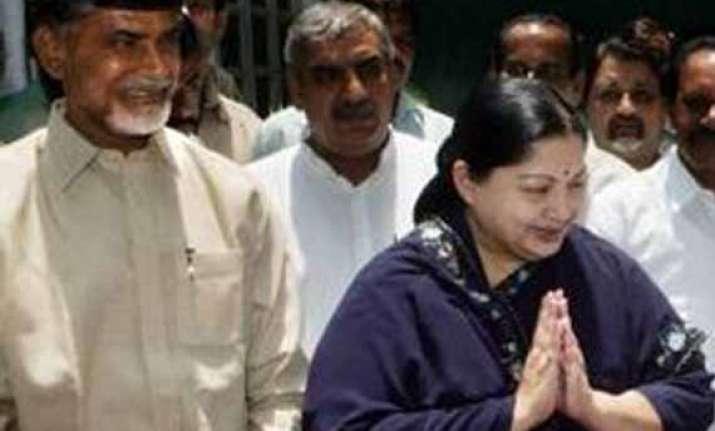 telangana naidu meets jayalalithaa asks president to call