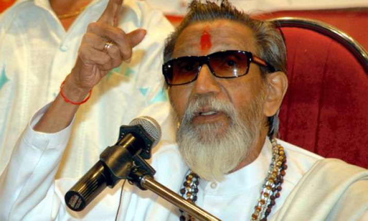 thackeray pitches for hindutvawadi prime minister