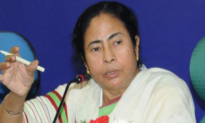 third front is unviable tired front says mamata