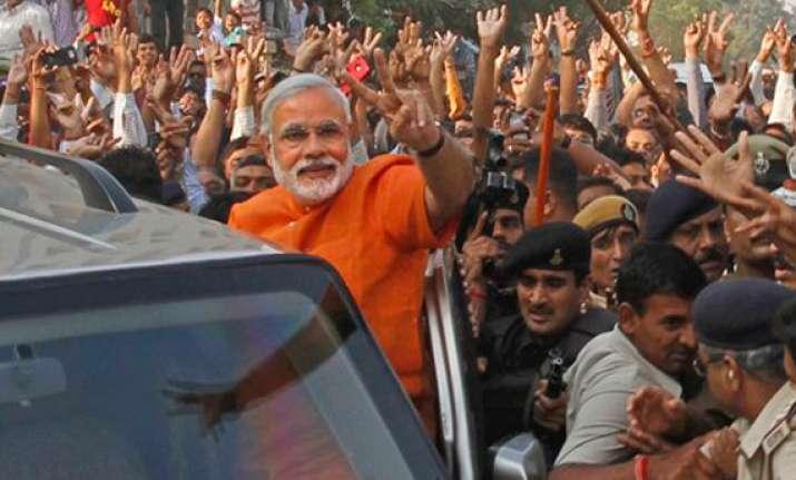 time to move forward modi on gujarat poll trends
