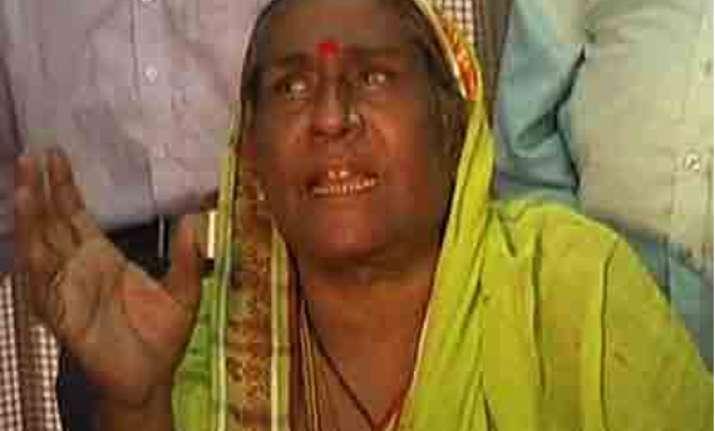 transgender challenges modi kejriwal in varanasi