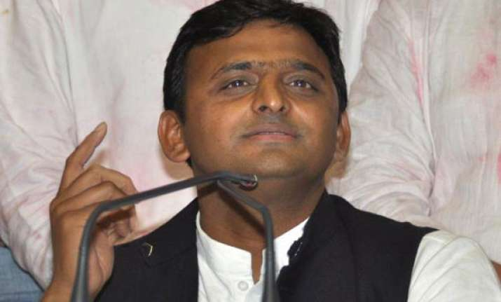 up govt transfers more than 200 officers