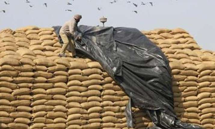 upa defers food bill ordinance opts for parliament debate