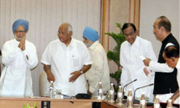 upa meets to evolve consensus on fdi