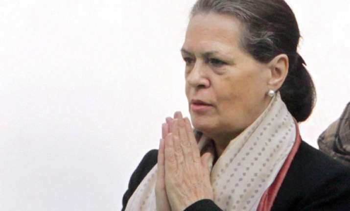 us court asks sonia gandhi to provide passport copy by