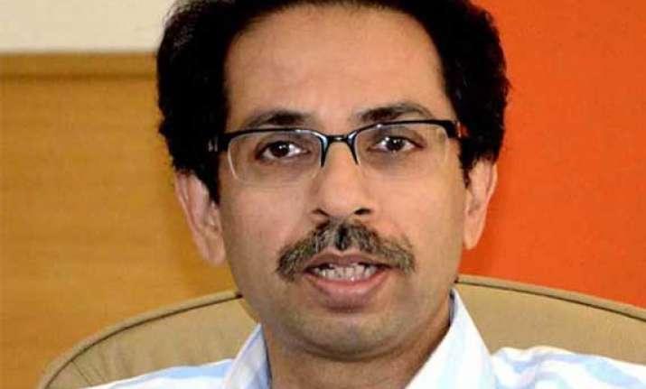 uddhav thackeray decries attempts to communalise delhi