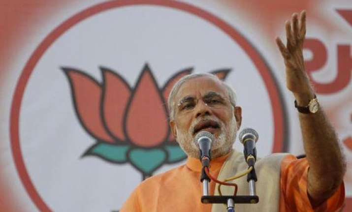 use social media to reach out to youth modi