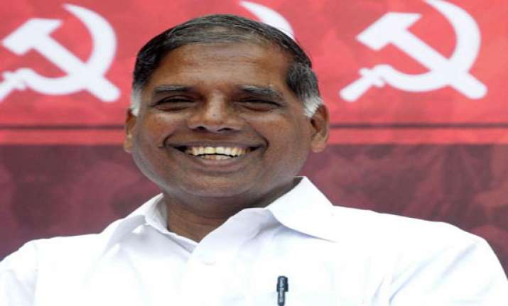 utilise lankan prez visit to solve tamils issue cpi m to
