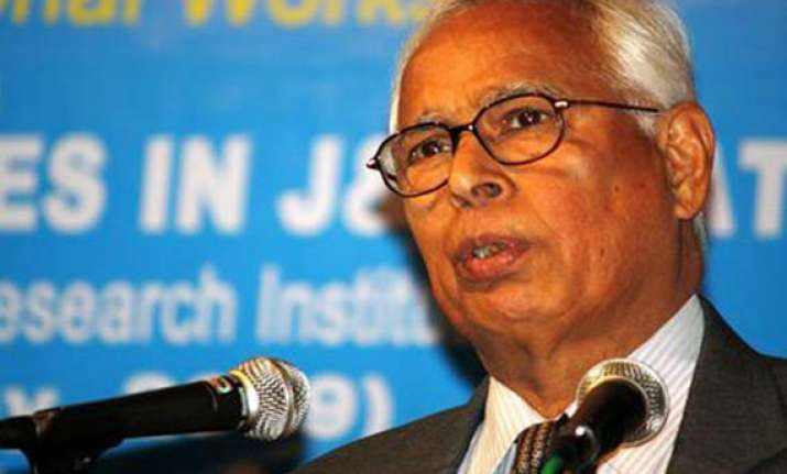 vohra takes oath for second term as kashmir governor